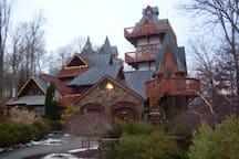 Landoll's Castle 3 miles away