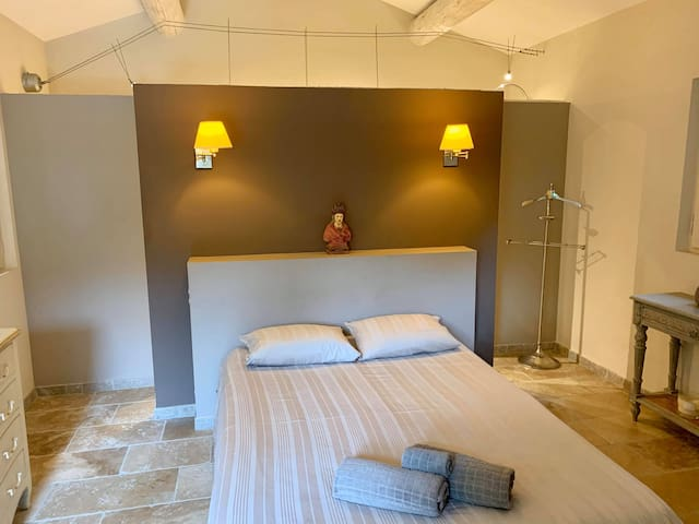 Chambre à louer en Provence.