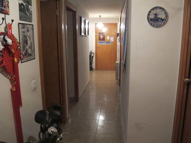 habitacion x 2 camas - Vila-seca
