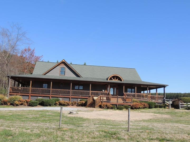 Deer Run Equestrian Property with In-ground Pool