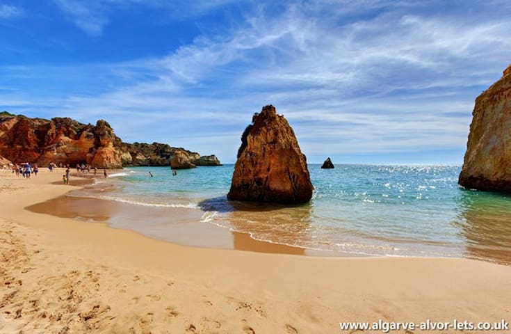 Apartment by the beach (TOP floor) - Alvor - อพาร์ทเมนท์