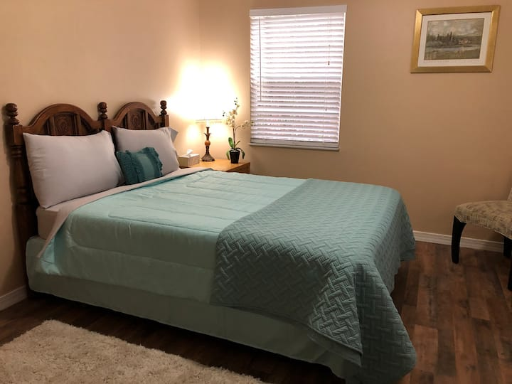 South Vero Beach Tiffany private bedroom