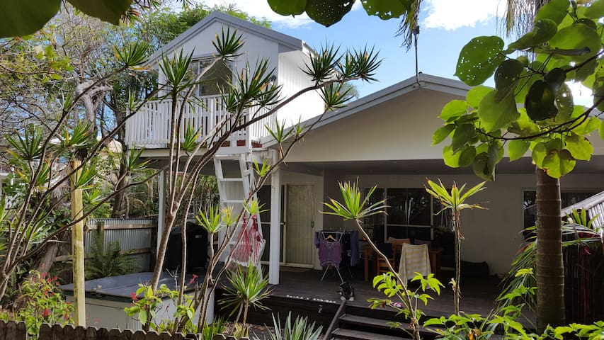 North Byron, Family Friendly Beach Front Home. - New Brighton - บ้าน
