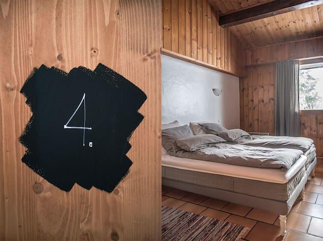 Double Room 4 (Bed 180x200) and breakfast - Séez - Bed & Breakfast