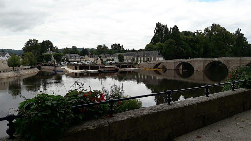 Appart Terrasson pour deux pers en Dordogne
