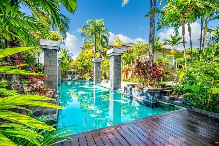(GR108) Tropical Resort Living Close to CBD