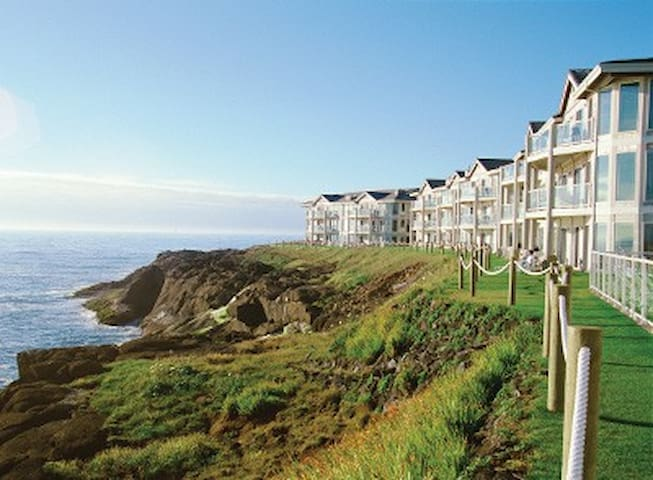 Beautiful Worldmark Depoe Bay Oceanfront unit ! - Depoe Bay - Condomínio