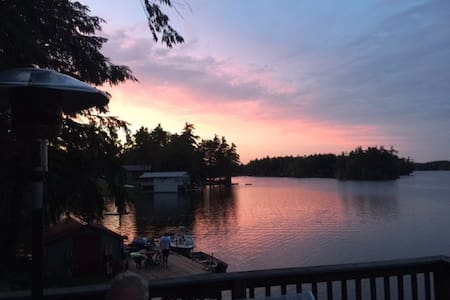 Island View - a peaceful retreat on Trout Lake