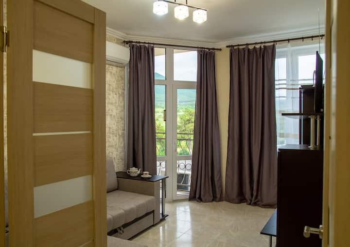 Апартаменты на Дивноморской