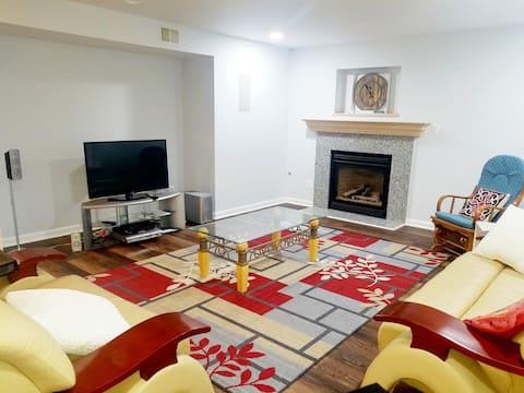 Comfortable private basement Apt 1400 SQ FT