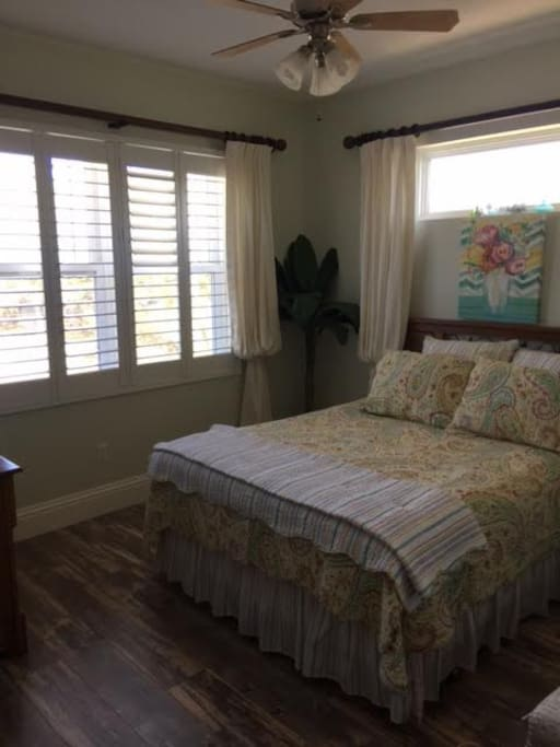 Sunny Window, and queen bed, with memory foam mattress
