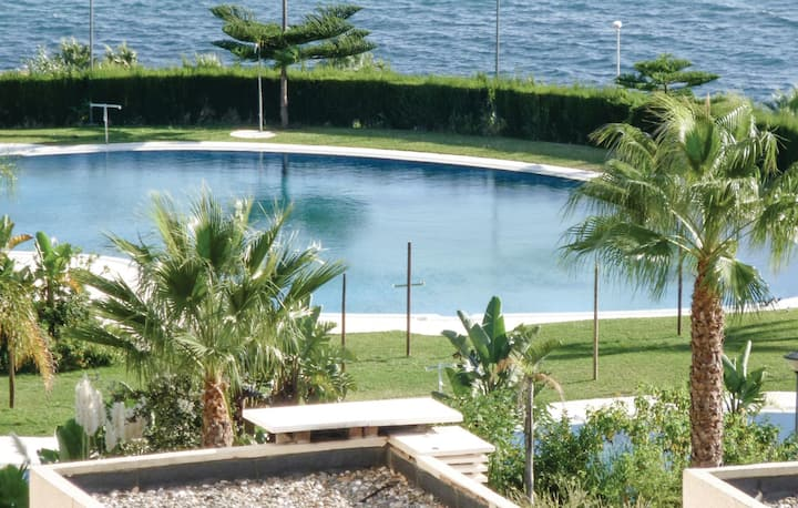 Awesome home in Benalmádena Costa with WiFi, Outdoor swimming pool and 2 Bedrooms