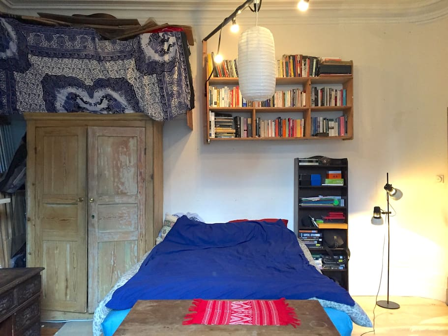 Welcome to the bedroom! Books a-plenty