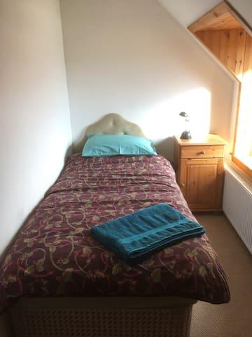 55 Easdale Island, Single Room