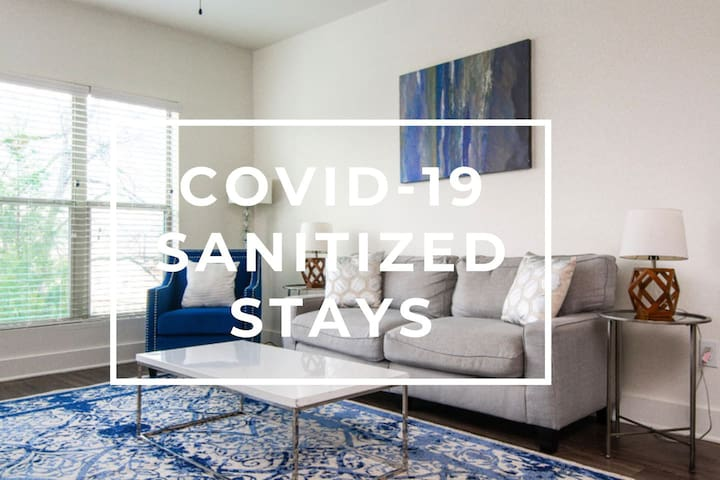 Sanitized Relax in a Fabulous Modern Apt