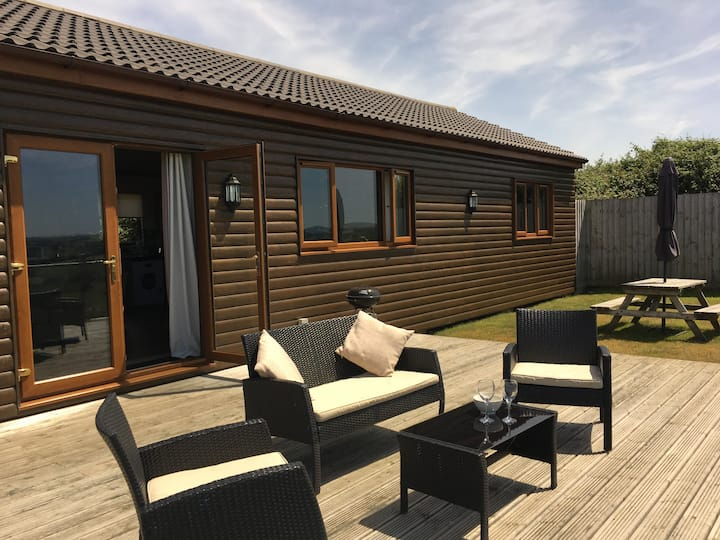 The Cabin, luxury wooden lodge, North Devon Coast
