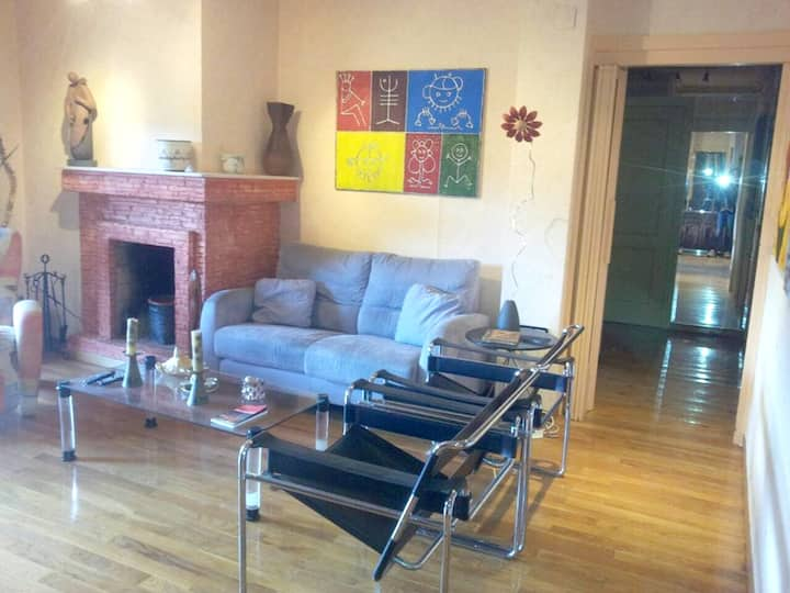 Apartment with 3 bedrooms in Villafranca del Bierzo, with wonderful mountain view, furnished terrace and WiFi