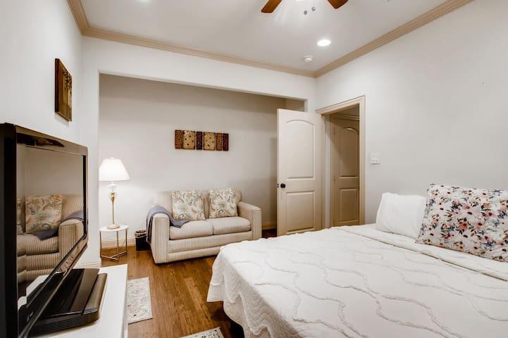 Bedroom #1 - Greenville Ave