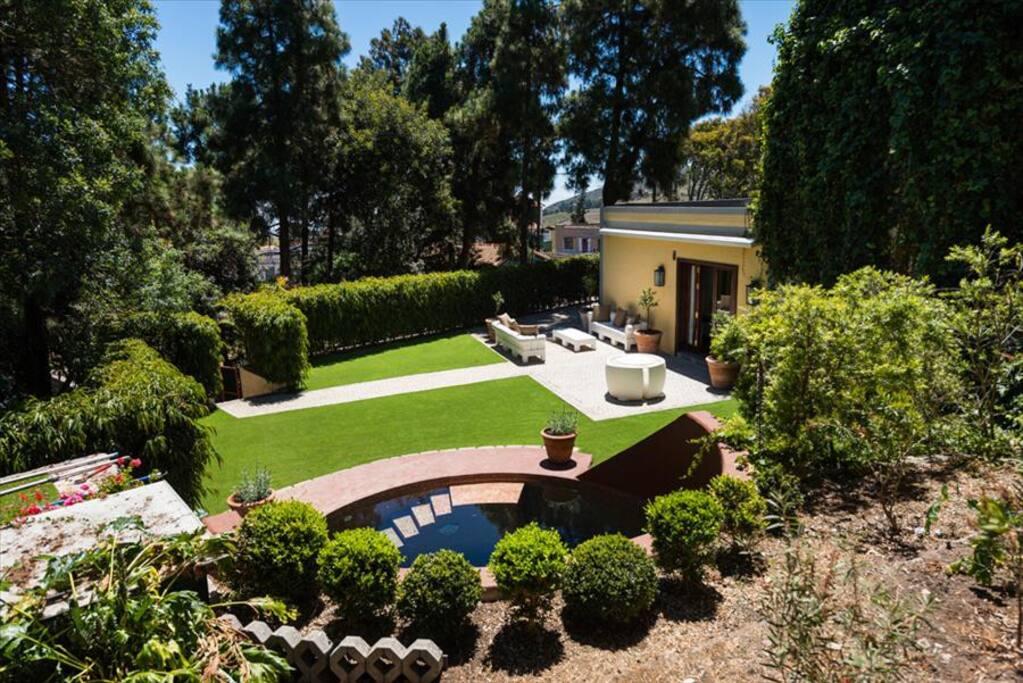 Villa con piscina privada en monte lentiscal villas en for Alquiler villas con piscina privada