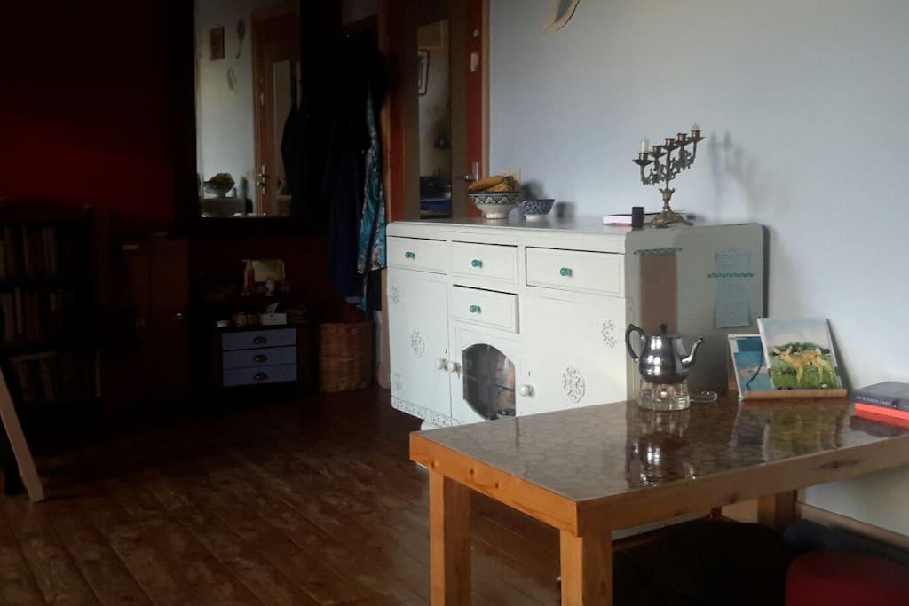 My room, around 30 square meters