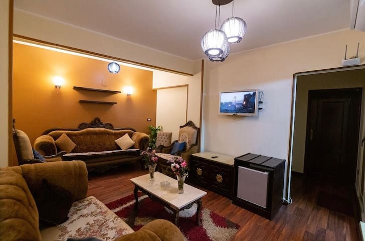 It's very well located at the heart of the Cairo.