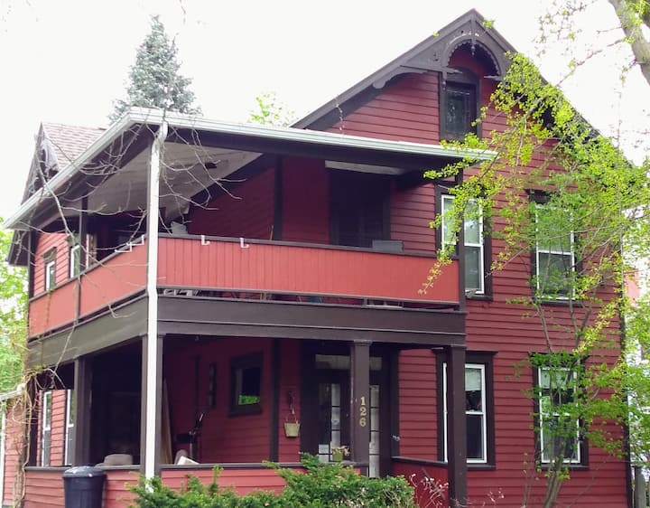 Charming 1860s downtown home