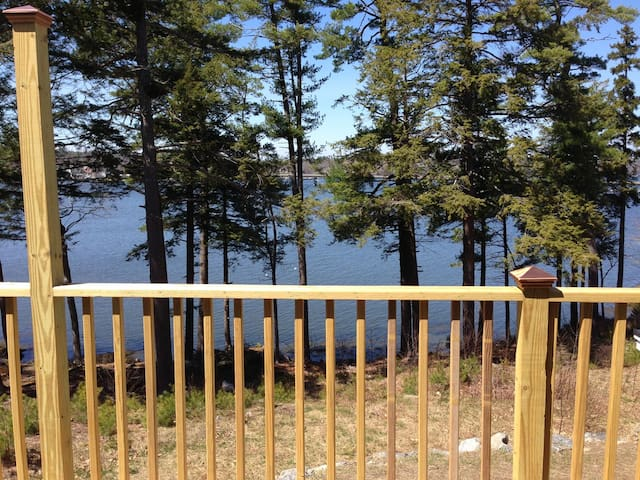 Perfect Mainehidaway with water view Sheepscot Rvr - Edgecomb - Leilighet