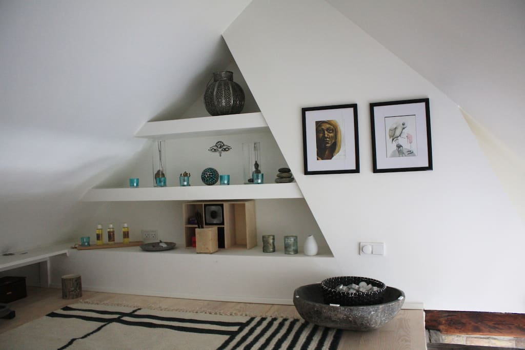 This is the sleeping space (loft)