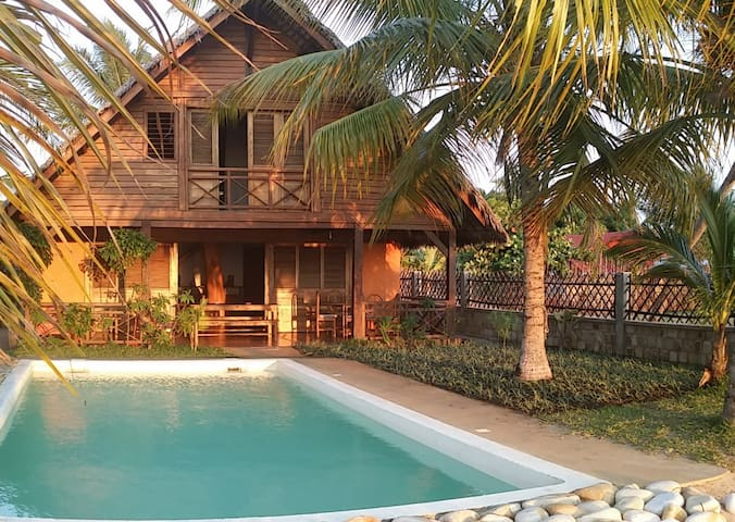 En service complet - Villa face à l'océan indien - Nosy Be - House