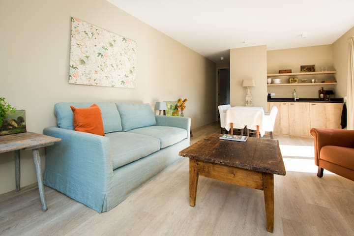 Park appartement; charming house with a great view