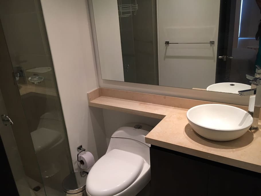 Baño nuevo, interno y privado