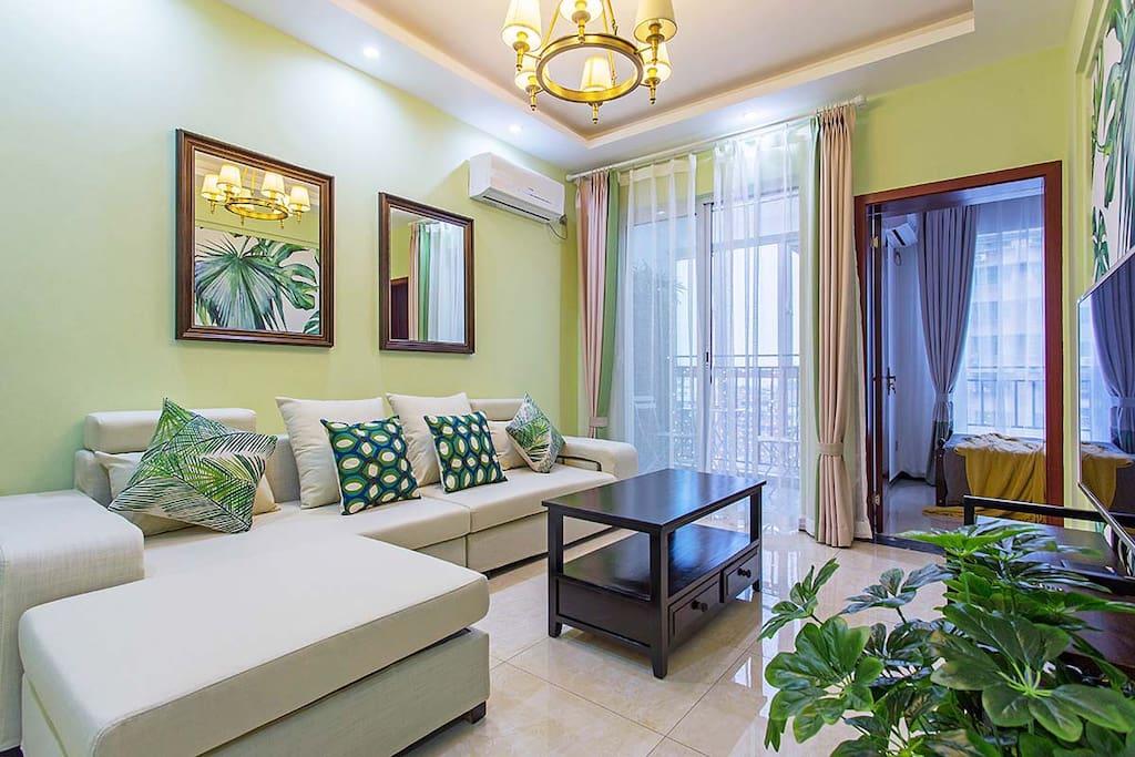 绿意满满的客厅~充满生机与活力。