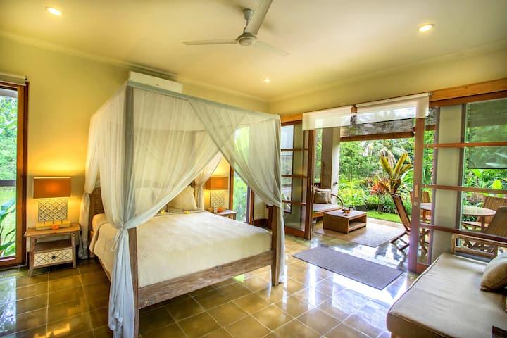 Luxury Guest House Villa Viola Ubud