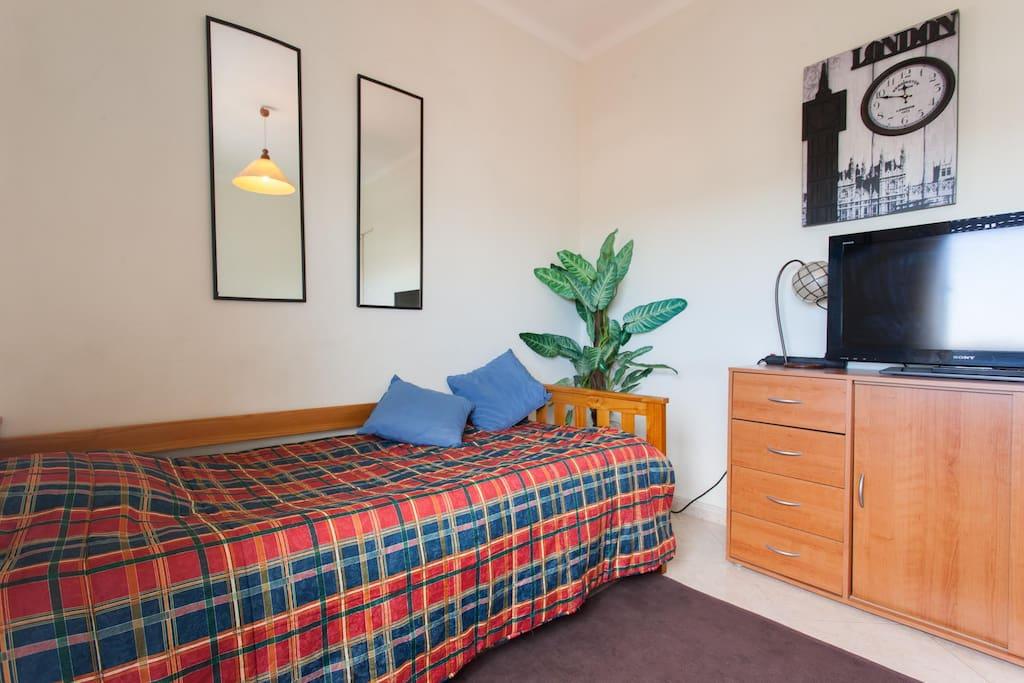 Quarto barato moscavide expo quarto 1 apartamentos para alugar em loures lisboa portugal - Apartamentos en lisboa baratos ...