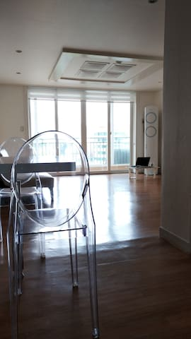 clean apartment at near Maebong station 3rd Line