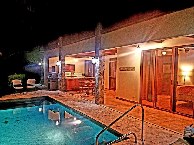 Toucan Tranquility near SJO airport ~Private Pool!