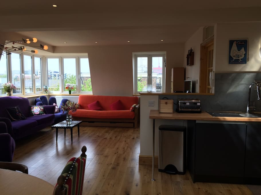 Open Plan Sitting Room Dining Room and Kitchen with Panoramic Views Across London