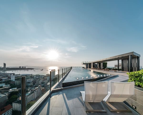 海景泳池,芭提雅唯一允许短租的高档公寓市中心周围都是经典 Ocean View Pool - Pattaya - Condominio