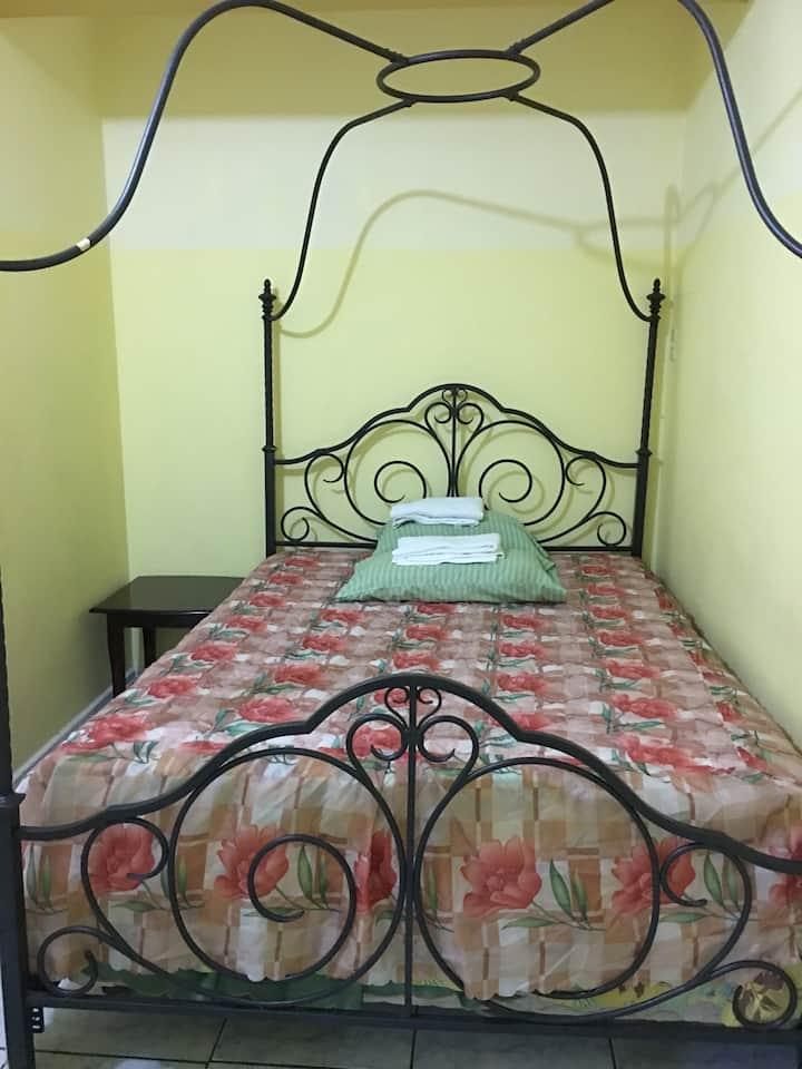 SherNette Guest House