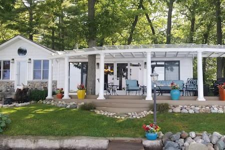 Gun Lake Waterfront Cottage Unit 1B (of 2)