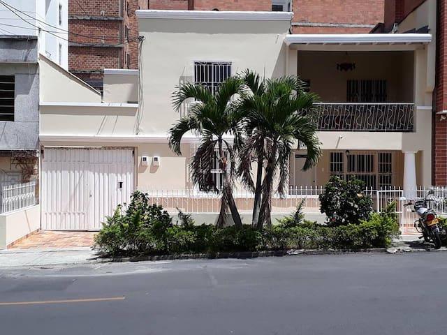 Laureles  Home