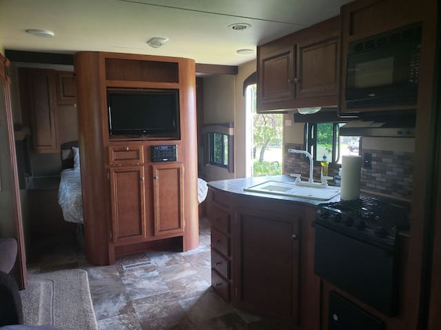 Waterfall Country Camper Bunk Model