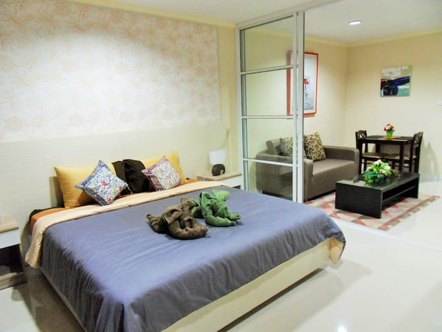 HUA HIN  AT BAAN KLANG CONDOMINIUM  42 M2 CENTER