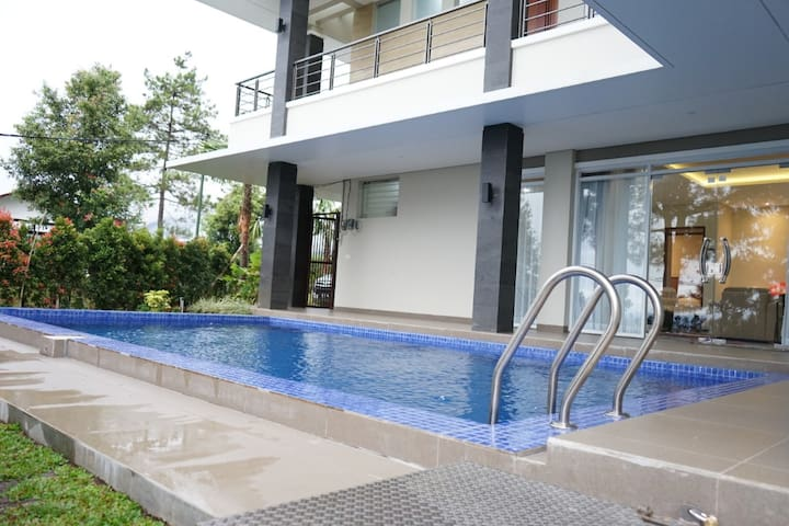 Villa Palem Mountain View + Private Swimming Pool