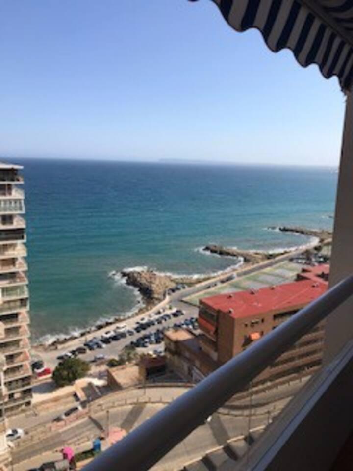 Piso vistas al mar y a 5 minutos del centro!