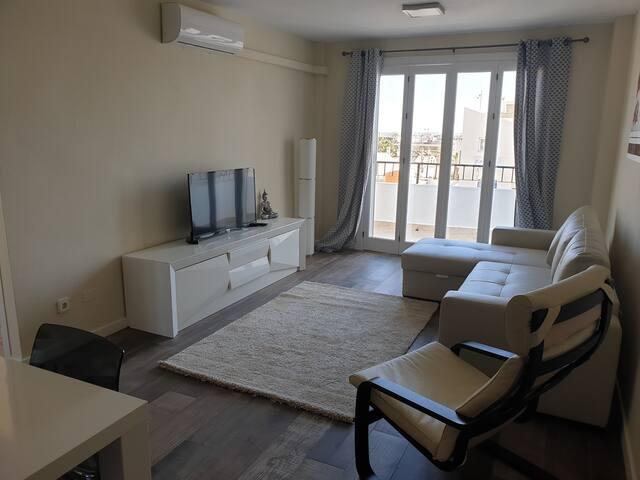 Modern refurbished apartment in Villamartin plaza