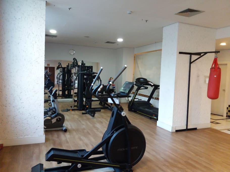 Amplo espaço para exercícios