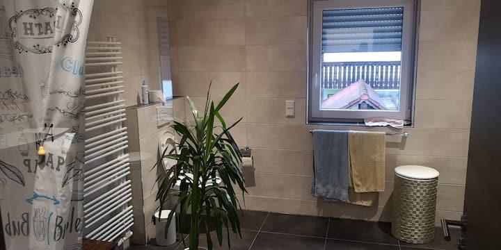 Zimmer für 2 Pers. in modernem Neubauhaus! A