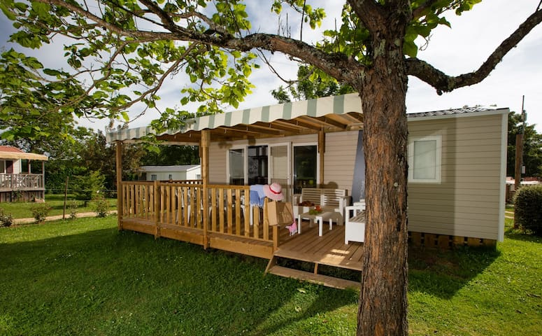 """Location Cottage """"Alzou"""" 2 chambres (4 pers.)"""