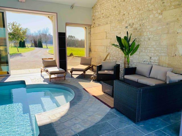 Cosy Garden Gite with Heated Pool & Wifi